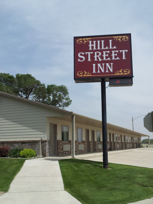 Hill Street Inn - Front of building
